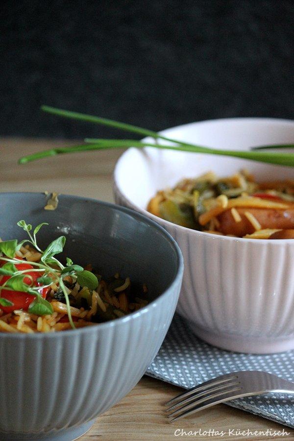 Kochen, Rezept, Wok, Brühwürstchen, Gemüse, Reis, Würstchen, Paprika, Frühlingszwiebel