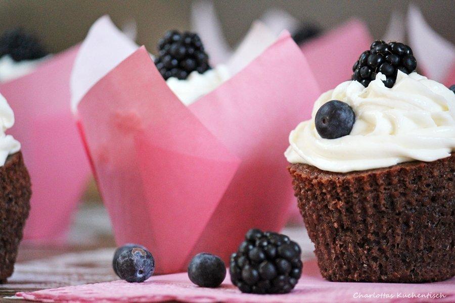 Backen, Rezept, Cupcake, Blaubeeren, Mascarpone, Rotwein, Frosting, Rotweincupcakes