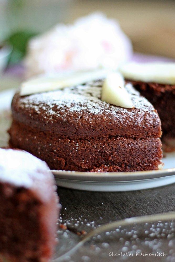 SchokSchokoladen-Joghurt-Kuchen, Schokoladenkuchen, Joghurtkuchen, Wanderteller, Backen, Rezept, Birnen Birnen