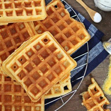 Cornmeal Buttermilk Waffles (Maismehl-Buttermilch-Waffeln)