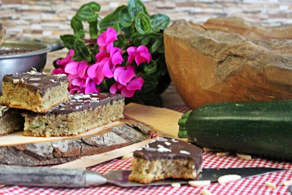 Zucchini-Mandel-Schnitten, Zucchini-Mandel-Kuchen, Zucchinikuchen, Backen, Rezepte