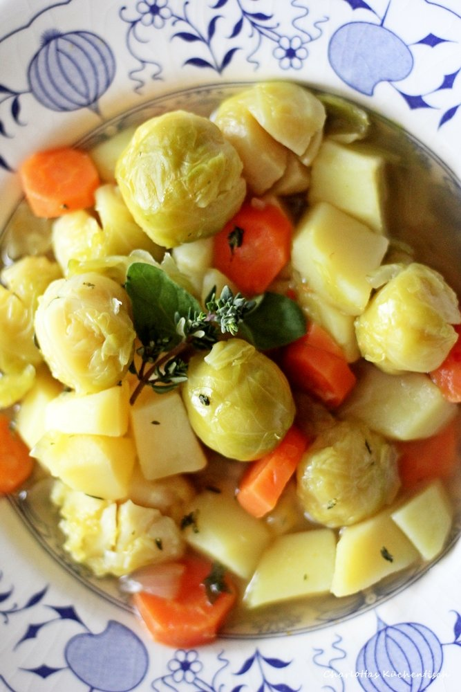 Rosenkohleintopf, Eintopf, Rosenkohlsuppe, Rosenkohl, Kartoffeln, Rezept, Kochen, Vegetarisch, Veggie, vegan, Suppe