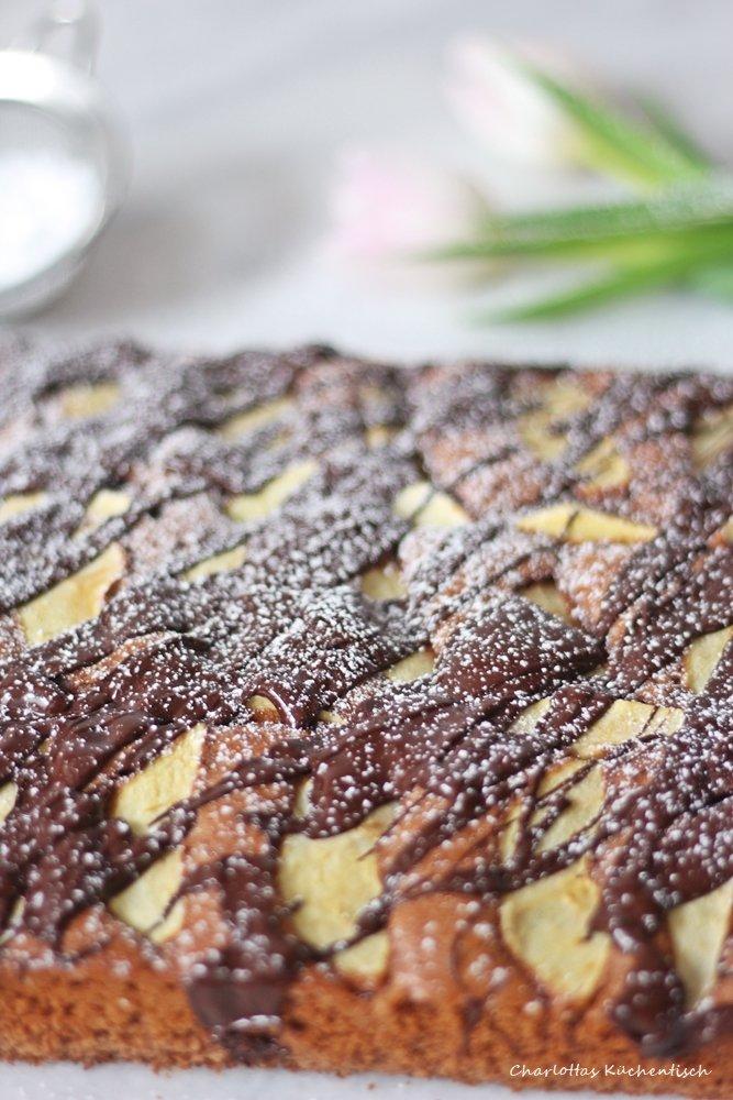 Schokoladen-Apfel-Brownies, Schokoladenbrownies, Brownies, Apfelbrownies, Backen, Rezept, Tulpe, Schokolade, Resteverwertung