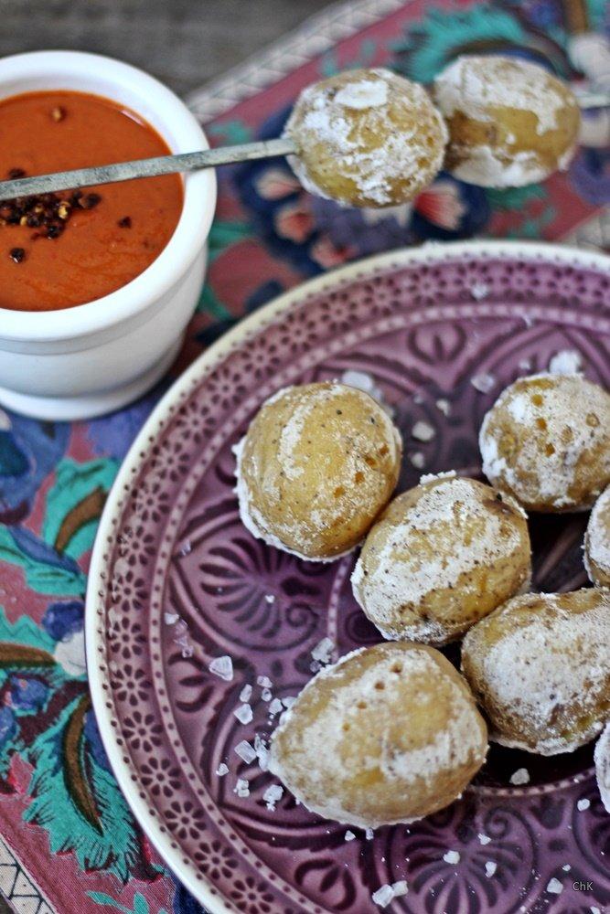 Kanarische Kartoffeln mit Salzkruste, Mojo rot, Tapas, Tapas Ideen, spanischer Abend, Rezept
