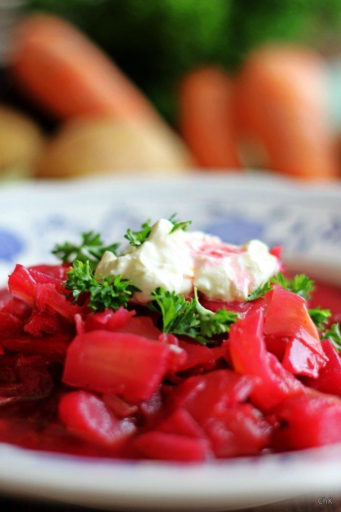 Borschtschsuppe, Suppe, Eintopf, Winterküche, herzhaft, Rote Beete
