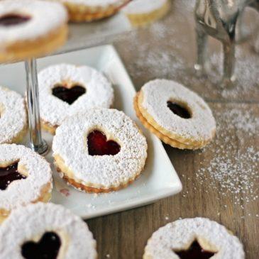 Linzer Plätzchen, Spitzbuben, Weihnachtsbäckerei, Rezept, Weihnachtsplätzchen