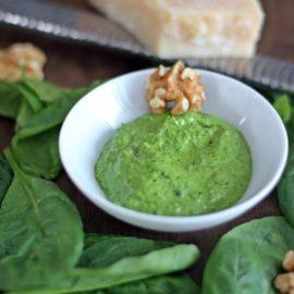 Spinatpesto (ein gesunder Allrounder)