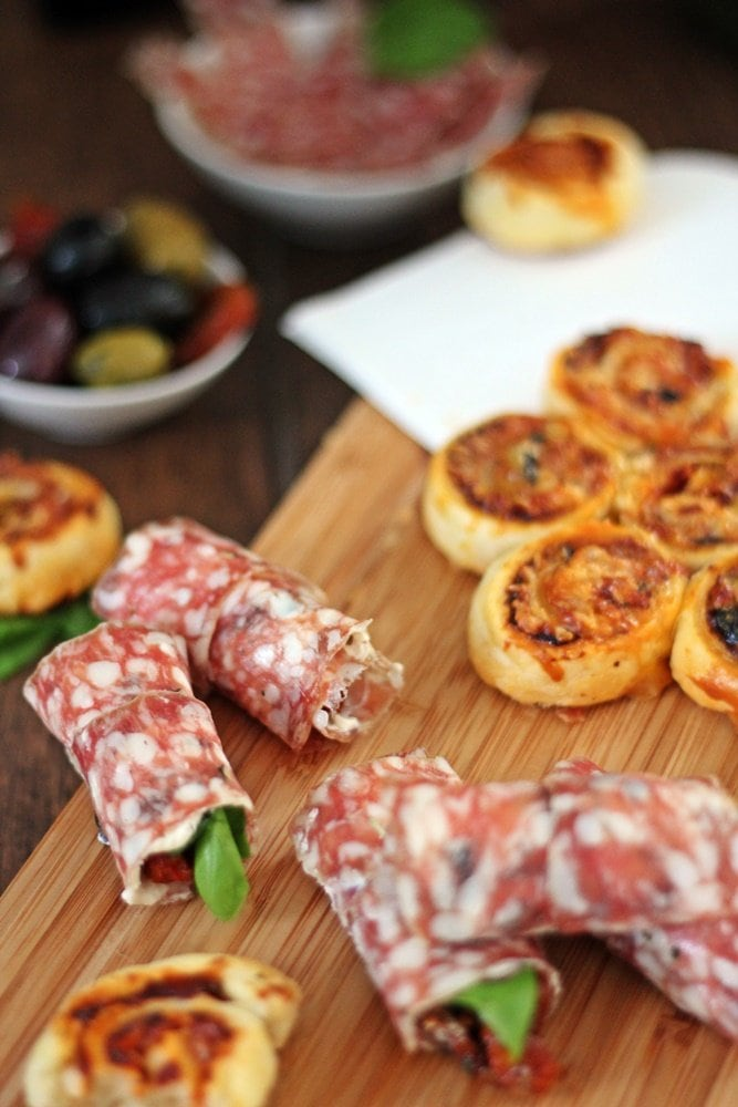 Pikante Salami Snacks, Aoste, Ringsalami, Ringsalami Ricotta Röllchen